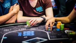 Counterfeit en fichas de poker