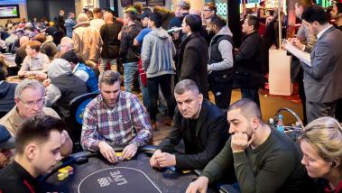MTT Torneos de Poker Multimesa
